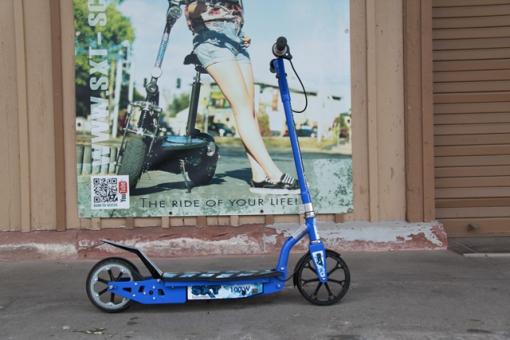 GEBRAUCHT - SXT100 blau Elektroscooter