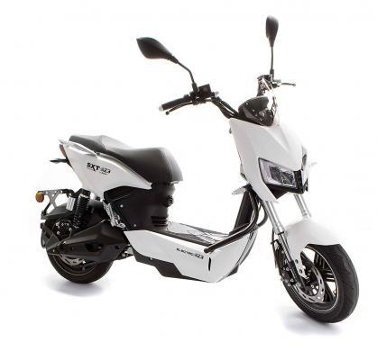 http://www.sxt-scooters.de/out/pictures/generated/product/1/540_390_75/escrpt1200.3_sxtraptor1200_blau_1.jpg