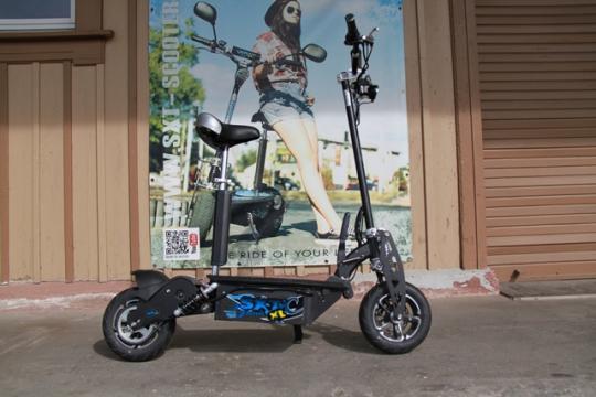 GEBRAUCHT - SXT1600XL Elektro Scooter 48V 12Ah Bleigel Akku - schwarz