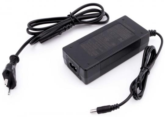 Charger 36V / 1.5A